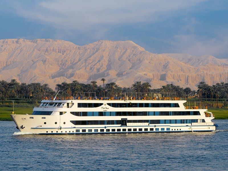 The Beautiful Oberoi Zahra Luxury Nile Cruiser